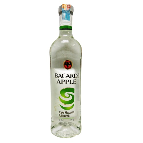 BACARDI APPLE, APPLE FLAVOURED SPIRIT DRINK